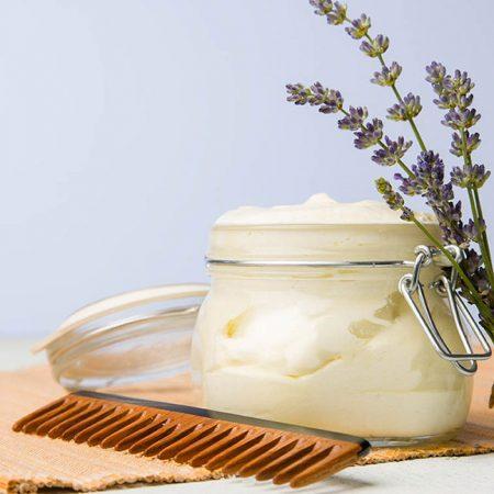 Най-добрите рецепти за коса с етерични масла