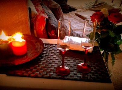 7-те най-добри етерични масла за вашата романтична вечер