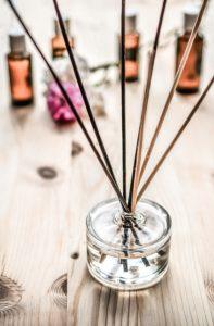 Дестилация на етерични масла
