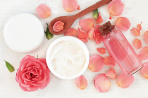 розово етерично масло етерим