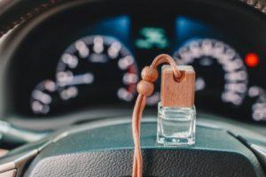 етерични масла в колата