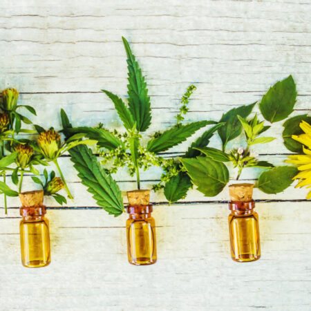 Етерични масла срещу слънцезащитни кремове